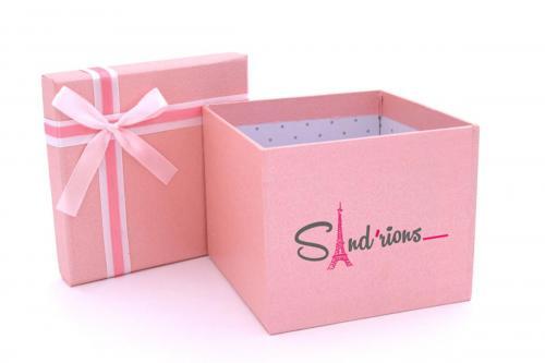 Boîte cadeau personnalisée